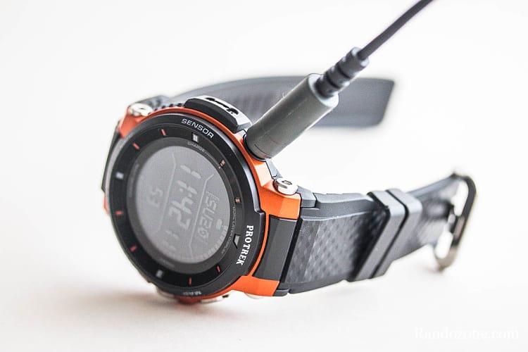 Système de chargement de la montre Casio Protrek F30