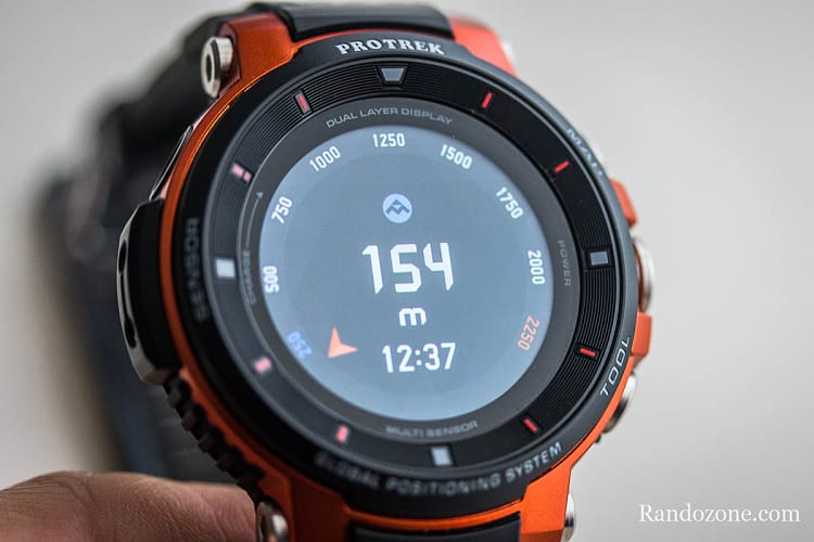Altimètre sur la montre Casio Protrek F30
