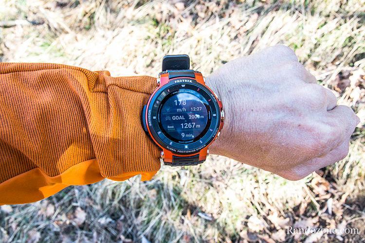 Test de la montre Casio F30 lors d'une randonnée dans les Pyrénées