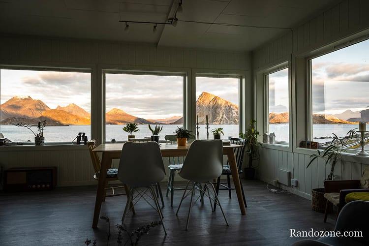 Salon panoramique dans les Lofoten