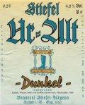 Stiefel-J�rgens Ur-Alt Dunkel (naturtr�b)