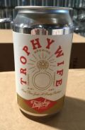 Trophy Trophy Wife Pale Ale
