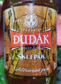 Strakonick� Dud�k Kvasnicove Pivo