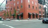 Henry�s 12th Street Tavern