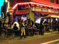 Le Black Night Rock Caf�