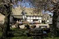 Fleece Inn (National Trust)