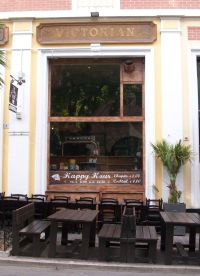 The Victorian Pub Alassio (Beer Drink Hamburger)