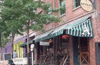Arnold�s Bar and Grill