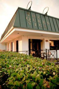The Queen Vic Pub & Kitchen