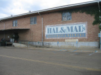 Hal and Mal�s Restaurant and Brewery