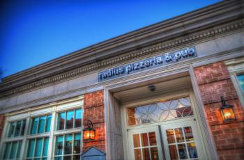 Radius Pizzeria & Pub