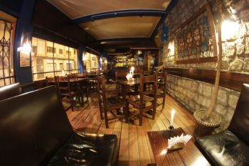 Sol & Luna Caf� Bar Restaurant