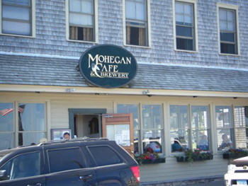 Mohegan Cafe and Brewery