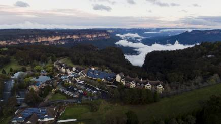 RedBalloon Blue Mountains Resort Escape with Breakfast - For 2