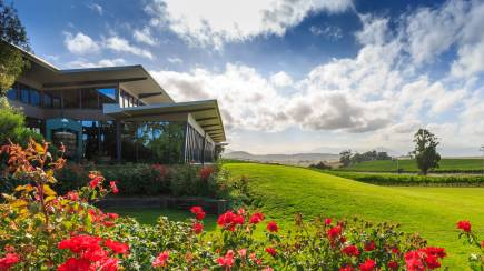 RedBalloon Overnight Stay in the Yarra Valley - Weekday - For 2