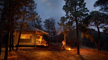 RedBalloon Flinders Ranges Glamping with Dinner and Breakfast - For 2