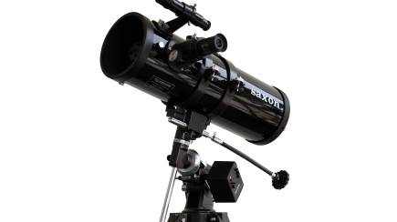 RedBalloon Reflector Telescope with Motor Drive and Three Eyepieces