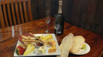 RedBalloon Cheese, Wine and Fudge in the Upper Hunter Valley - For 2