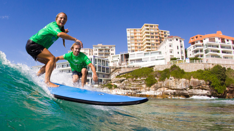 RedBalloon Beginners Group Surfing Lesson at Bondi Beach