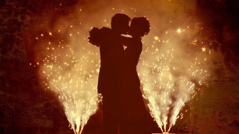 RedBalloon Proposal Package: Waterside Fireworks Display