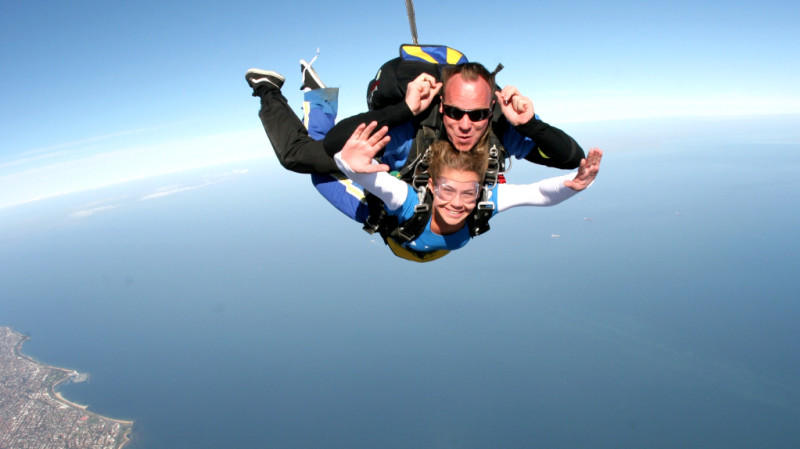 RedBalloon Skydive Over The Beach Melbourne - 15,000ft - Midweek
