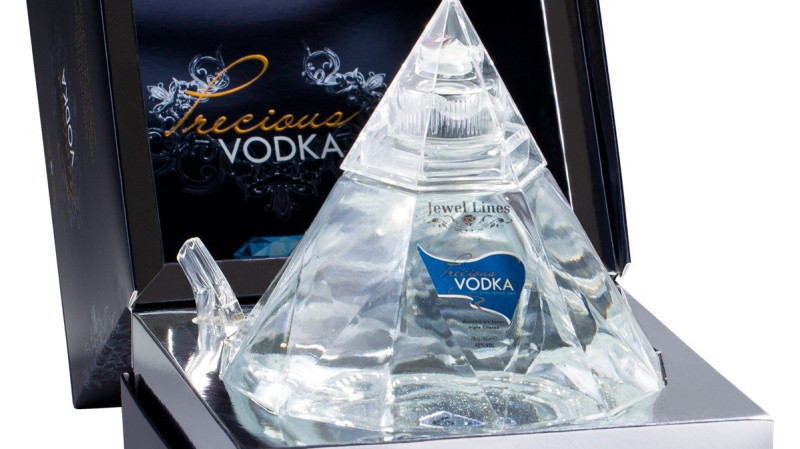 RedBalloon Precious Vodka Diamond Shaped Luxury Edition 700ml