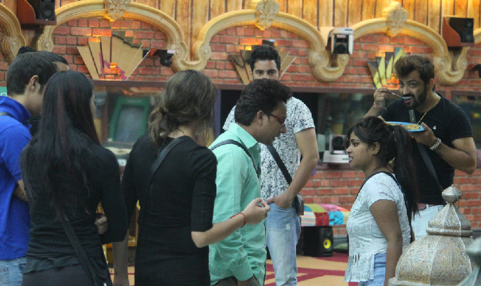 Lokesh and Naveen compete for Immunity