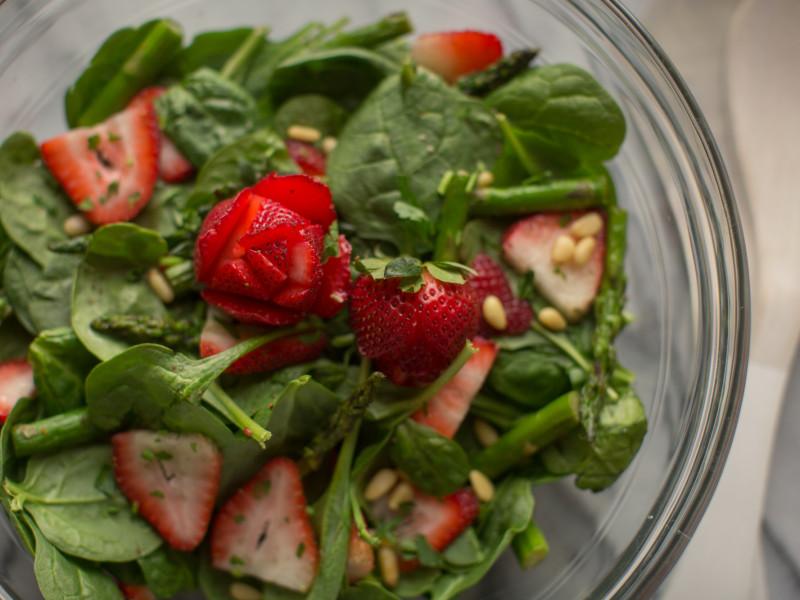 7 Scrumptious Spring Salads