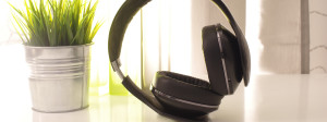 Samsung Level Over Headphones Review