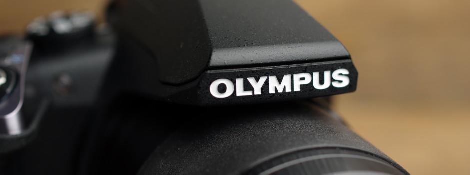 Olympus sp 100ee review hero