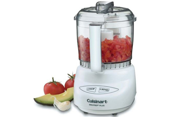 http://reviewed-production.s3.amazonaws.com/attachment/7141be2ea61cadea7587fa1fe8131fb9655bfd3e/cuisinart_mini_prep_food_processor_RFI.JPG