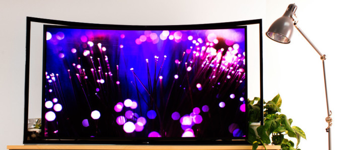 http://reviewed-production.s3.amazonaws.com/attachment/1f09f70c93ed4a0c/televisions-Samsung_KN55S9C_Curved_OLED_TV.jpg