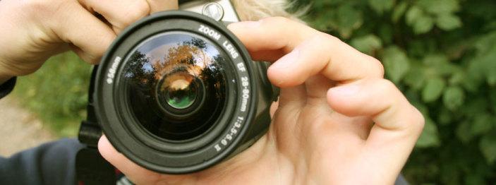 http://reviewed-production.s3.amazonaws.com/attachment/b22d869f4165cee6ec40a3b8cc9627d23786d0cb/dci-Affordable-System-Cameras-for-Aspiring-Photographers-940x350.jpg