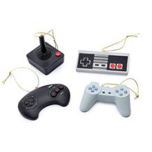 f2cd_classic_video_game_controller_ornament_set.jpg