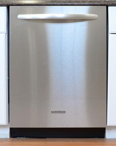 KitchenAid-KUDS30FXSS-Front.jpg