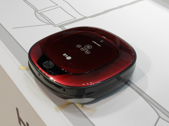 Hottest-Robots-of-IFA-LG-Hom-Bot.jpg