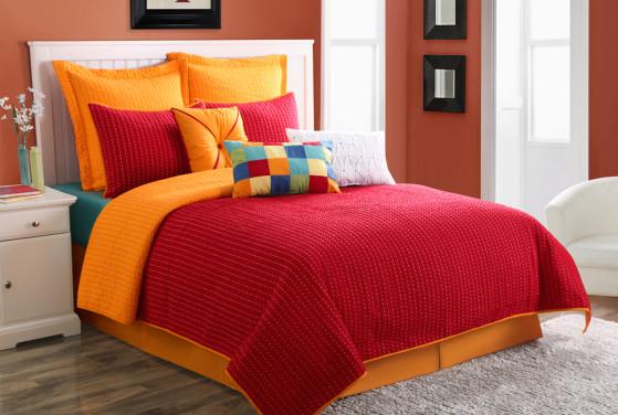 Fiesta-Dash-Quilt-Set-Scarlet-Tangerine-Bedding.jpg