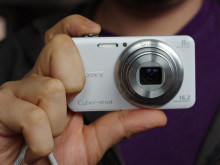Sony-WX80-Upload1.jpg