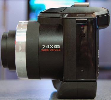 Kodak-Z980left-375.jpg