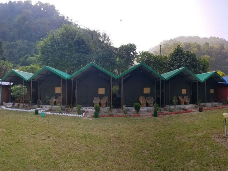 Riverside Luxury Camp Stay