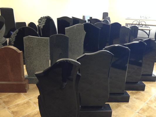 Памятники Рит-Гранит