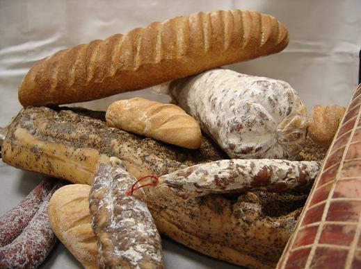 Terrine maison avec son pain