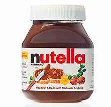 Beignet au sucre, petit pot de Nutella