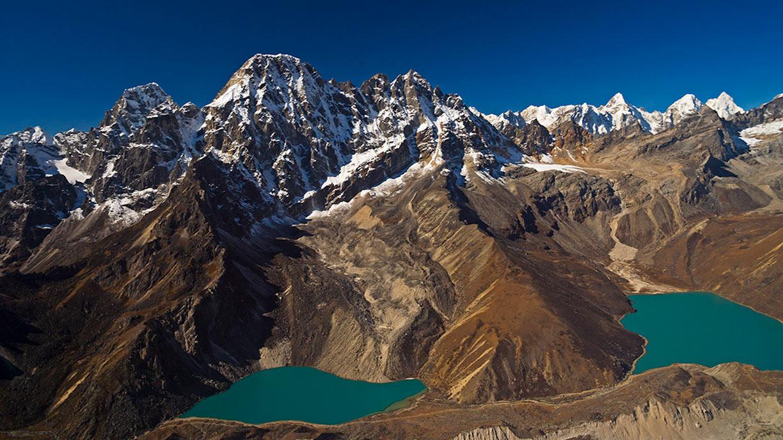 Annapurna and Dhaulagiri mountains