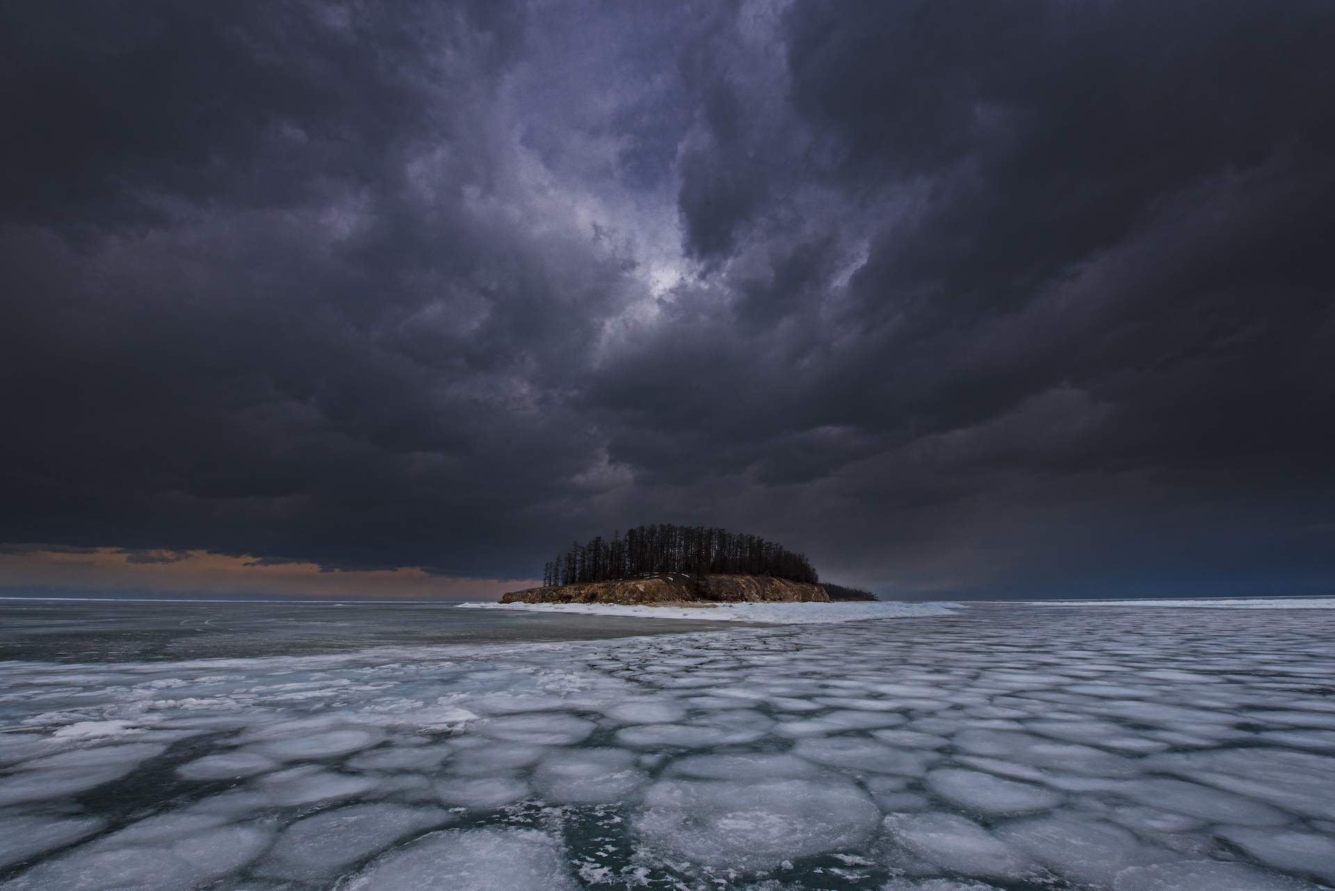Baikal Lake covers an area of 31, 500 sq km, more than four times the size of Bengaluru city. In winter, the surface of the lake freezes, but due to the pristine nature of the water, the ice is often transparent. Baikal is a UNESCO World Heritage site and holds 20 percent of the planet's freshwater.