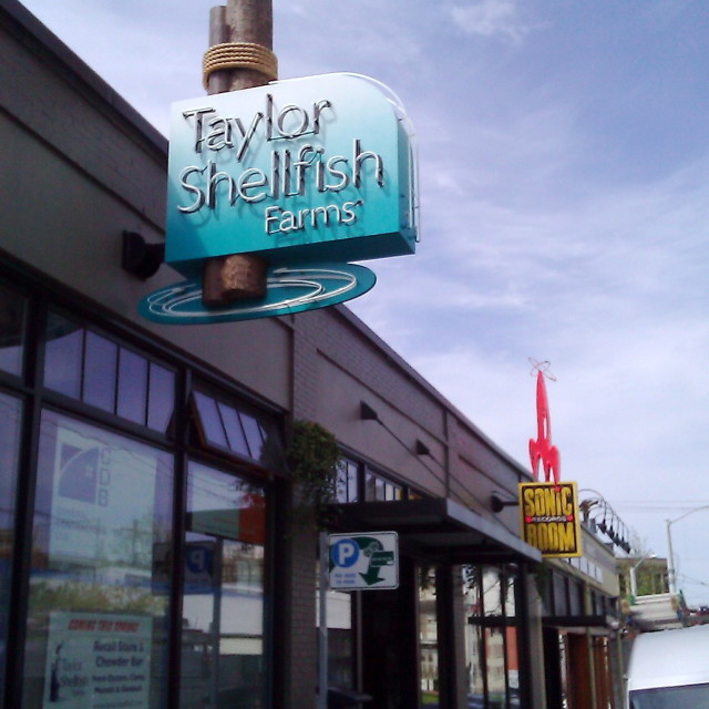 Taylor shellfish melrose seattle sign hz26q6