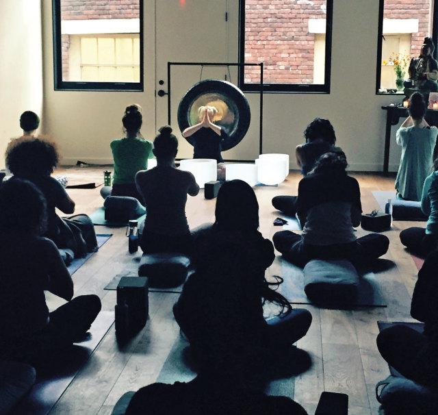 0116 ritual house yoga knvf60