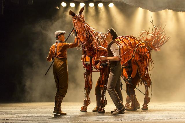War horse 2 u4z9ci