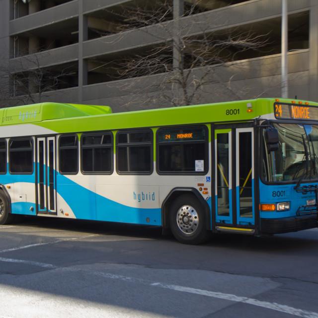 Spokane transit gillig hybrid 8001 xnf2ea