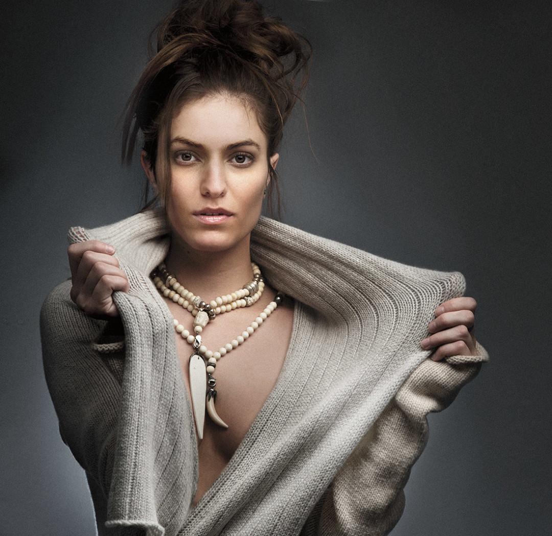 0213 beige sweater robe necklace hsldt1
